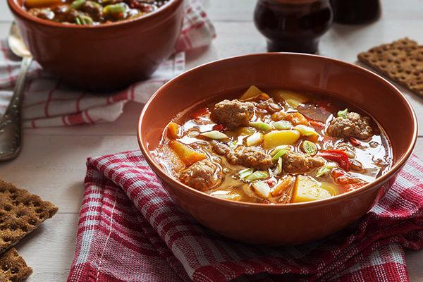 Суп из чечевицы с фрикадельками