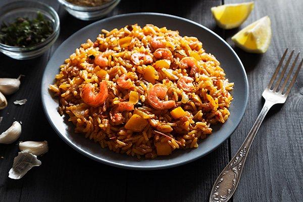 Рис с креветками и овощами