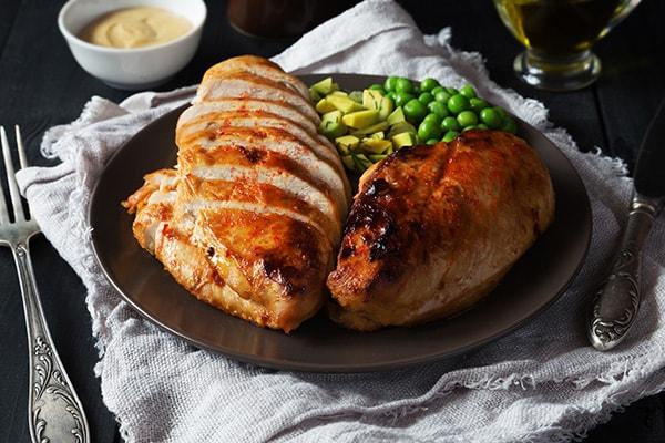 Куриное филе в остро-сладком соусе